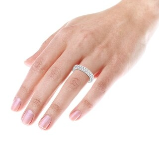 18K Gold Diamond Eternity Band 2.6ctw G-H Color SI1-SI2 Clarity by Luxurman
