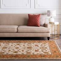 Hand-tufted Camelot Beige Wool Area Rug (6' x 9')