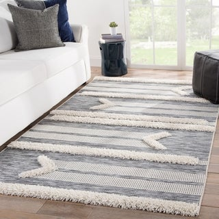 Aronas Indoor/ Outdoor Tribal Gray/ Cream Area Rug