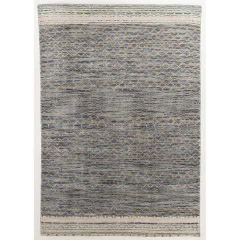 Modern Handloomed Rug - 4' x 6'/Surplus