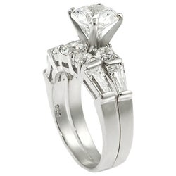 Journee Collection Sterling Silver Round-cut CZ with Bexel-set Baguettes Bridal and Engagement Ring S - Thumbnail 1