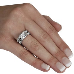 Journee Collection Sterling Silver Round-cut CZ with Bexel-set Baguettes Bridal and Engagement Ring S - Thumbnail 2