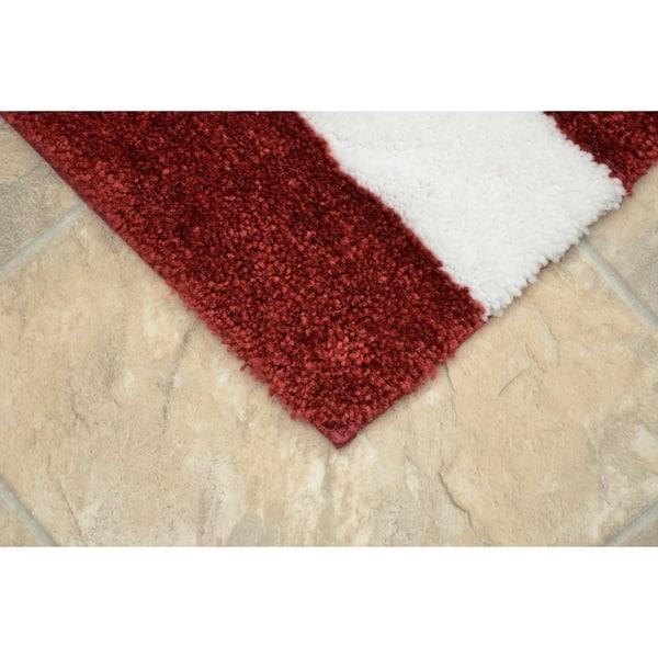 Crimson White Washable Bathroom Rug Set
