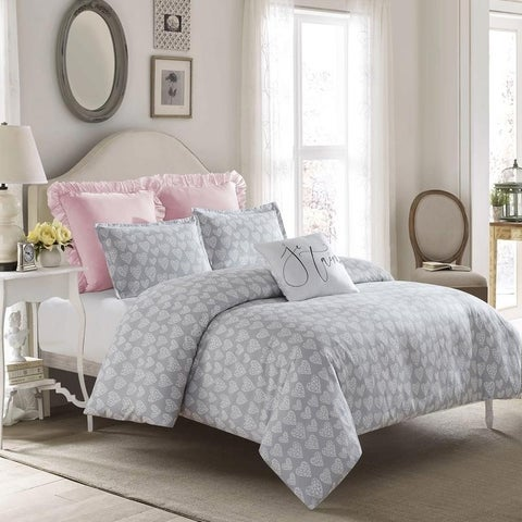 Crystal Heart Duvet Set-Gray-Machine Washable - Includes 1 Duvet + 2 Shams- 1 Pillow -Full