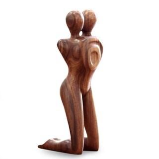 Handmade Love in Love Romantic Couple Sleek Brown Wood Modern Artwork Sculpture (Indonesia)