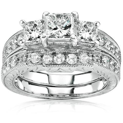 Annello by Kobelli 14k Gold 1 5/8ct TDW Three-Stone Princess Diamond Antique Bridal Ring Set