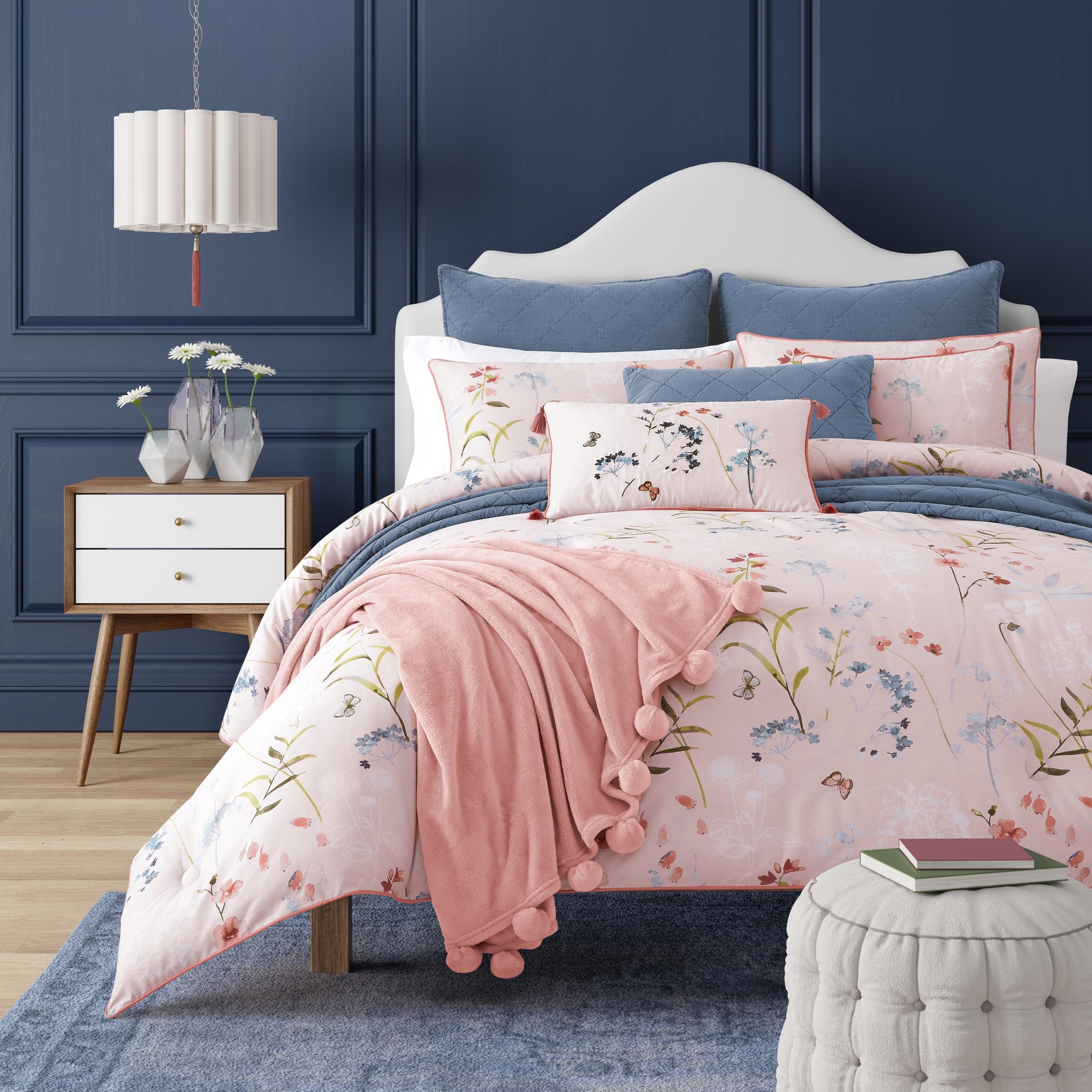 Floral Five Queens Court Comforter Sets Find Great Bedding Deals