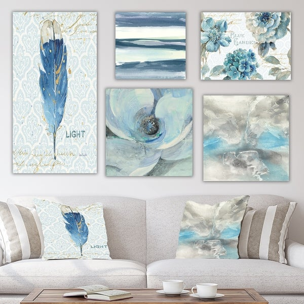 Designart 'Blue Feather Collection' Traditional Wall Art set of 5 pieces - Blue/White