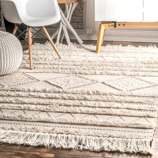 The Curated Nomad Diamond Heights Ivory Handwoven Wool Casual Moroccan Raised Chevron Shag Rug