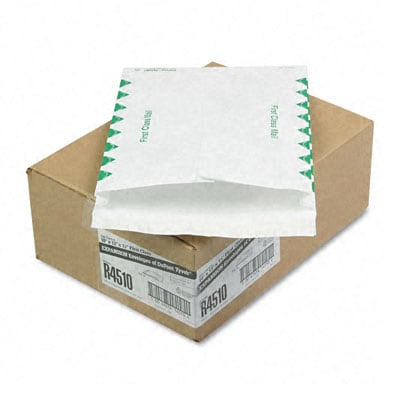 DuPont Tyvek Exp. Envelopes with Green Diamond Borders (Pack of 100)