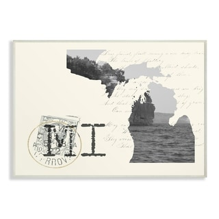 The Stupell Home Decor Michigan Black and White on Cream Paper Postcard Wall Plaque Art, 10 x 15, Proudly Made in USA