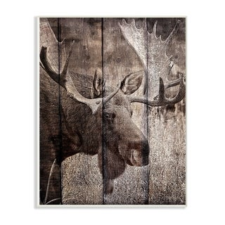 The Stupell Home Decor Brown Moose Planked Look  Photography Wall Plaque Art, 10 x 15, Proudly Made in USA