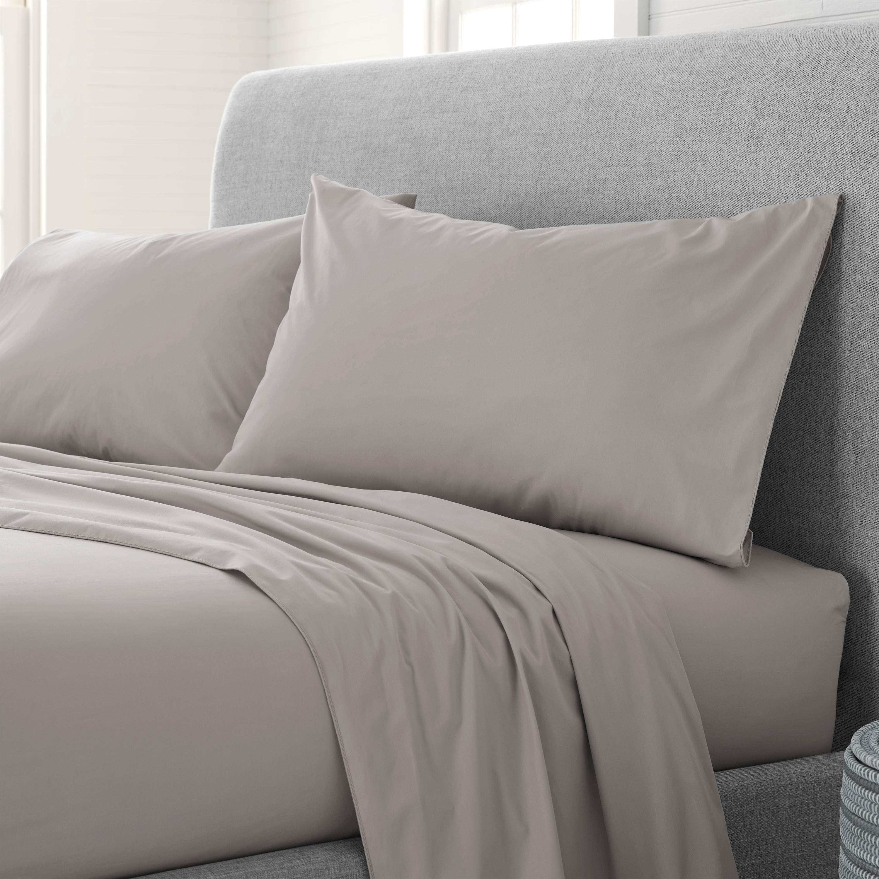 """4 TWIN FITTED SHEETS  WHITE USED 39/"""" BY 75 /"""" USED FITTED SHEET"""