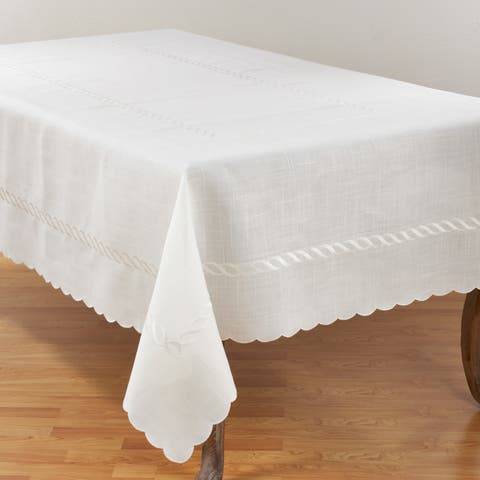 Stylish Tablecloth With Embroidered Braid Design