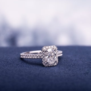 Miadora 14k White Gold 1ct TDW Oval and Round-Cut Diamond Halo Engagement Ring