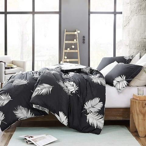 Porch & Den Altavista Black and White Palm Pattern Cotton Oversized Comforter Set
