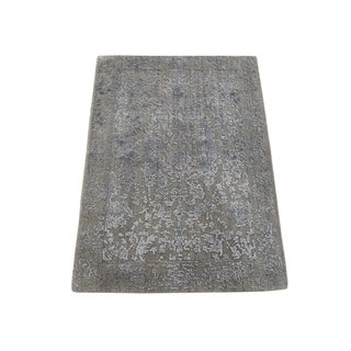 "Shahbanu Rugs Tone on Tone Wool and Silk Abstract Design Hand-Loomed Oriental Rug (2'0"" x 2'10"") - 2'0"" x 2'10"""