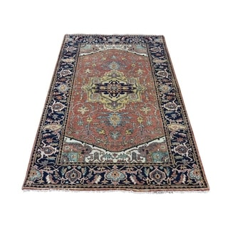 """Shahbanu Rugs Hand-Knotted Pure Wool Antiqued Heriz Re-Creation Oriental Rug  (4'0"""" x 6'0"""") - 4'0"""" x 6'0"""""""