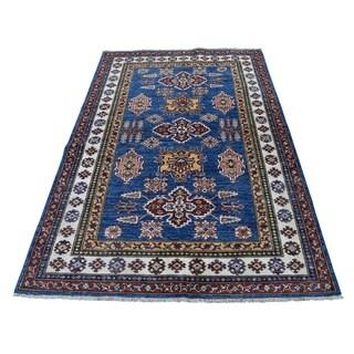 "Shahbanu Rugs Super Kazak Pure Wool Geometric Design Hand-Knotted Oriental Rug (4'0"" x 6'0"") - 4'0"" x 6'0"""
