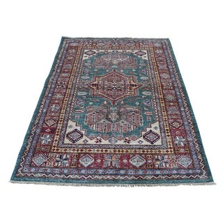 "Shahbanu Rugs Super Kazak Pure Wool Geometric Design Hand-Knotted Oriental Rug (4'0"" x 5'4"") - 4'0"" x 5'4"""