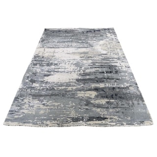 "Shahbanu Rugs Hi-Low Pile Abstract Design Wool And Silk Hand-Knotted Oriental Rug (4'0"" x 5'10"") - 4'0"" x 5'10"""