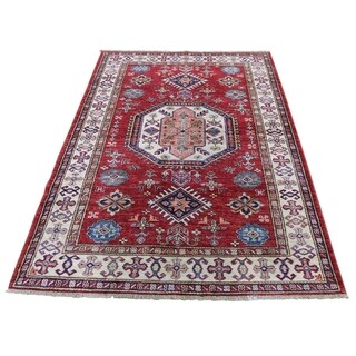 "Shahbanu Rugs Super Kazak Pure Wool Geometric Design Hand-Knotted Oriental Rug (4'1"" x 6'0"") - 4'1"" x 6'0"""