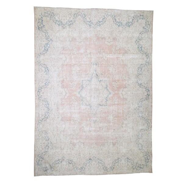 "Shahbanu Rugs Hand-Knotted White Wash Vintage Kerman Worn Pile Oriental Rug (9'8"" x 13'5"") - 9'8"" x 13'5"""