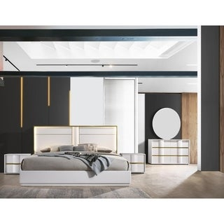 Best Master Furniture 5 Pieces White with Gold Trimming Bedroom