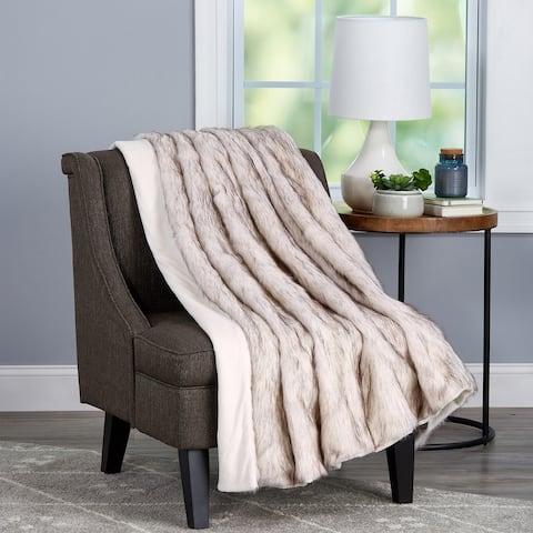 Porch & Den Maplewild Pearl White Hypoallergenic Faux Fur/ Faux Mink Fashion Throw Blanket