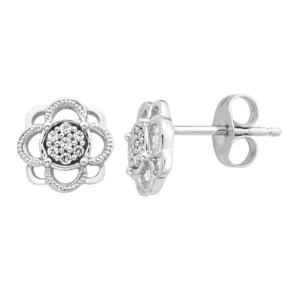 10KW 1/10cttw Diamond Floral Pendant I, I2-I3