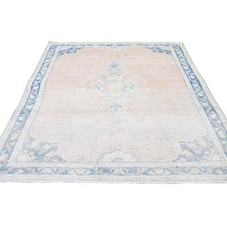 """Shahbanu Rugs Hand-Knotted White Wash Vintage Kerman Highlight Of Blue Worn Pile Rug (4'7"""" x 7'6"""") - 4'7"""" x 7'6"""""""