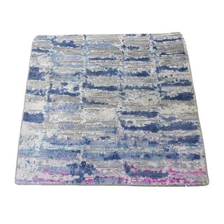 "Shahbanu Rugs Sari Silk Diminishing Bricks Hand-Knotted Oriental Sample Rug (2'0"" x 2'0"") - 2'0"" x 2'0"""