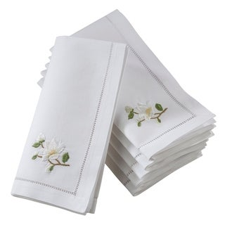 Saro Lifestyle White Cotton Hemstitched Square Table Napkins With Magnolia Embroidery (Set of 6)