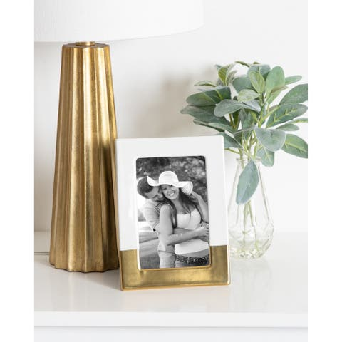 DesignOvation 4-piece White and Goldtone Clay Ceramic Picture Frame Set