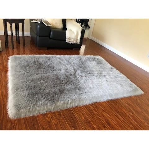 Silver Orchid Nansen Luxurious Faux Sheepskin Shag Area Rug