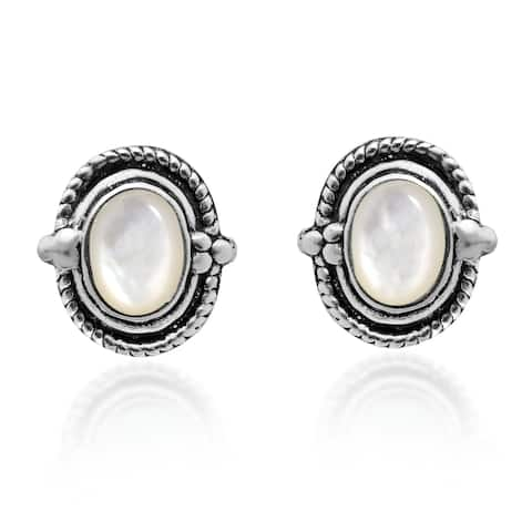 Handmade Vintage Elegance Oval Stone Sterling Silver Stud Earrings (Thailand)