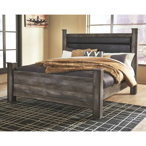 Wynnlow Upholstered Poster Bed