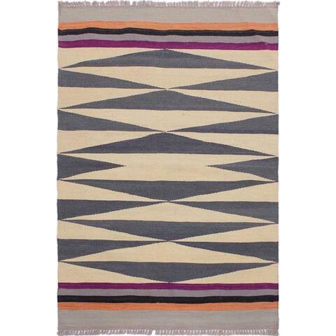 Kilim Hermelin Beige/Gray Hand-Woven Wool Rug -2'7 x 4'2 - 2 ft. 7 in. X 4 ft. 2 in.