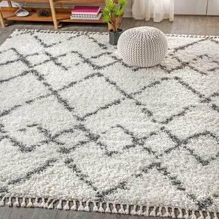 "JONATHAN  Y Mercer Shag Plush Tassel Moroccan Tribal Geometric Trellis Cream/Grey 3 ft. x 5 ft. Area Rug - 3'1"" x 5'"