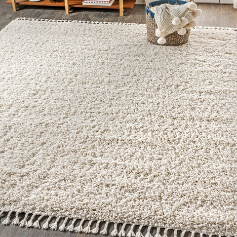 "JONATHAN Y Mercer Shag Plush Tassel Cream 5 ft. x 8 ft. Area Rug - 5'3"" x 7'6"""