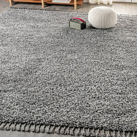 JONATHAN Y Mercer Shag Plush Tassel Charcoal 4 ft. x 6 ft. Area Rug - 4' x 6'