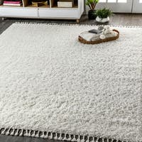 The Gray Barn Cattail Hollow Shag Plush Tassel White Area Rug - 3'1 x 5'
