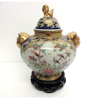 Royal Medallion Design Cover Jar w/ Foo Dogs/ Stand