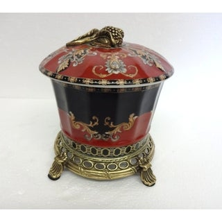 Regal Medallion Ormolu Round Covered Jar