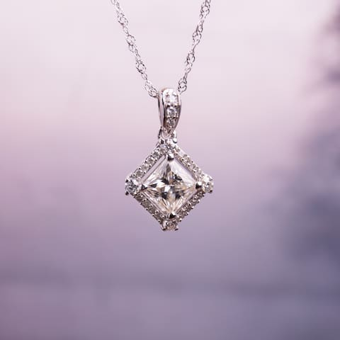 Moissanite by Miadora 10k White Gold 1ct Moissanite and 1/10ct TDW Diamond Halo Necklace
