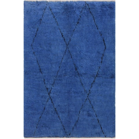 Moroccan Mohamed Blue/Black Wool Rug - 5'6 x 6'10 - 5 ft. 6 in. X 6 ft. 10 in. - 5 ft. 6 in. X 6 ft. 10 in.