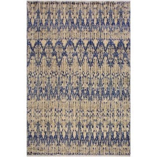 Moroccan Arnoldo Ivory/Blue Wool Rug - 8'0 x 10'2 - 8 ft. 0 in. X 10 ft. 2 in.