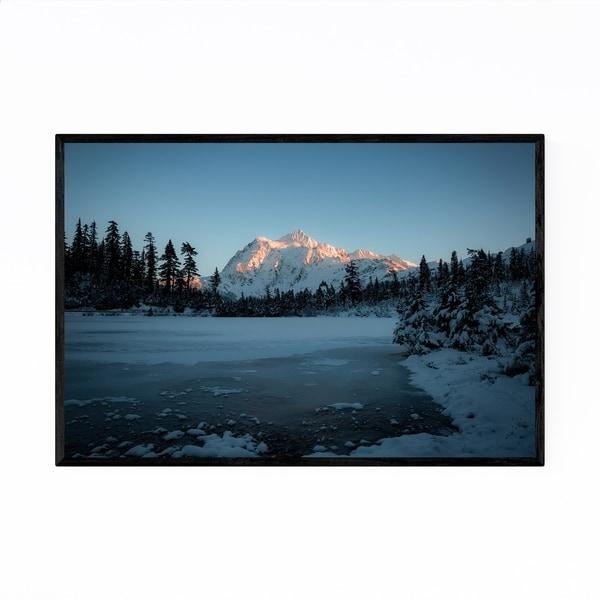 Noir Gallery Picture Lake Washington Nature Framed Art Print