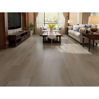 "7.68"" Wide Barnwood Laminate Flooring (20.40 SF/Carton)"