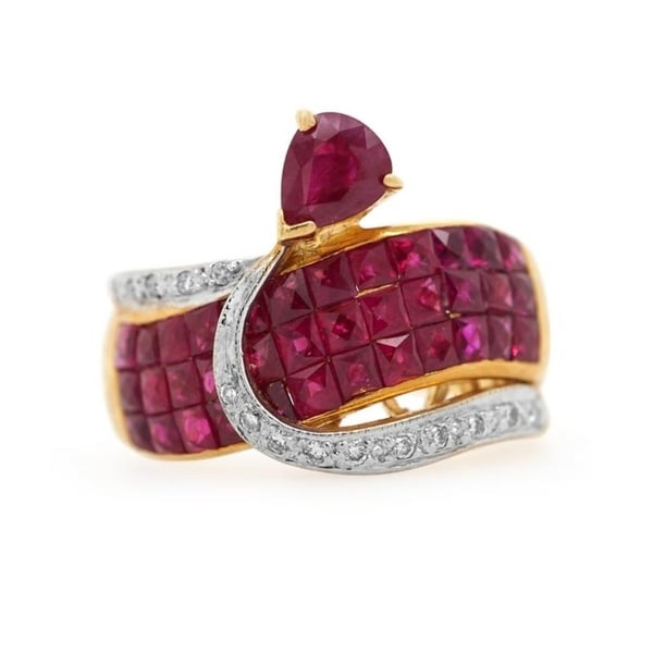 18K Yellow Gold Diamond and Rubies Mystery Set Vintage Ring (G-H,VS1-VS2)